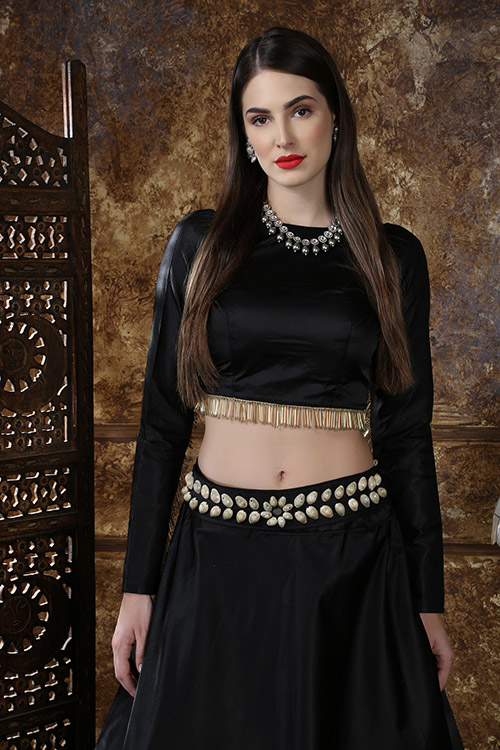 Black Color Semi Stitched Lehenga Choli Set With Waist Belt (2)
