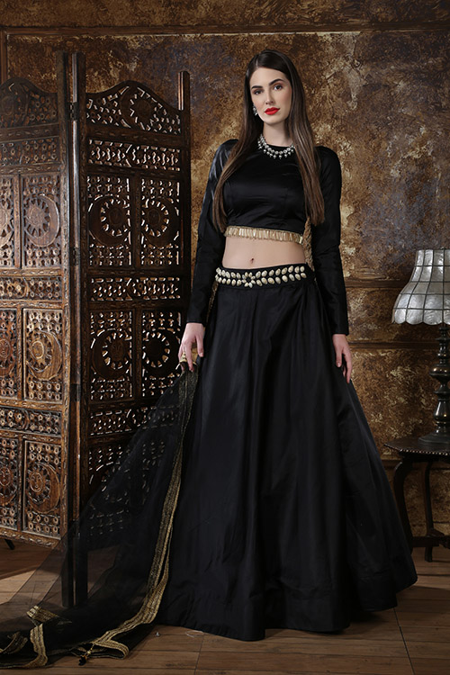 Black Color Semi Stitched Lehenga Choli Set With Waist Belt (4)