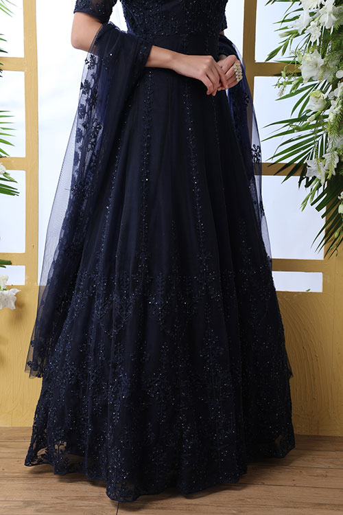 gown-4204-3