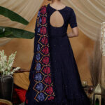 gown-4302-1
