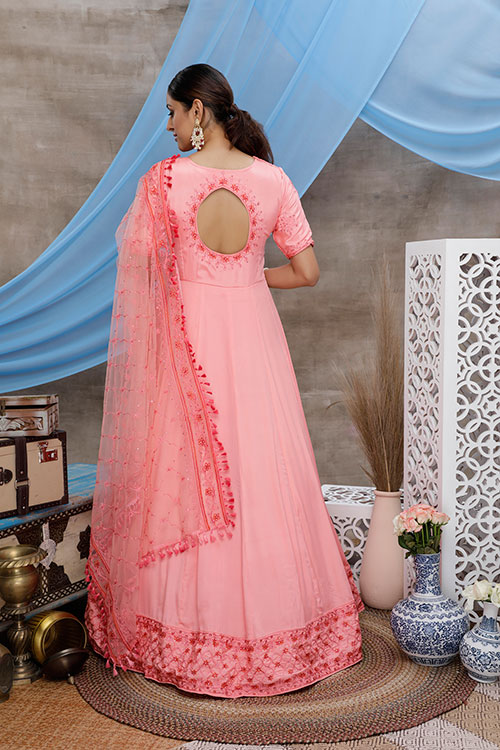 gown-4304-3
