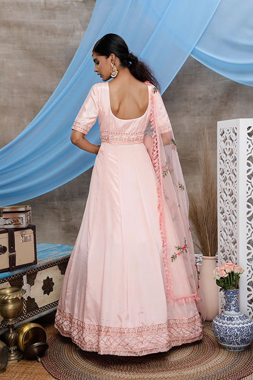 gown-4305-4