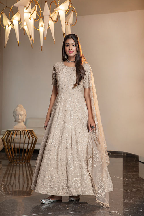 gown-4401-1