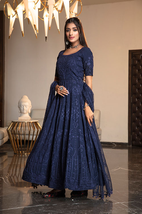 gown-4404-1