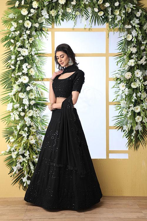 Black Thread Embroidered Looking Beautiful Lehenga Choli (4)