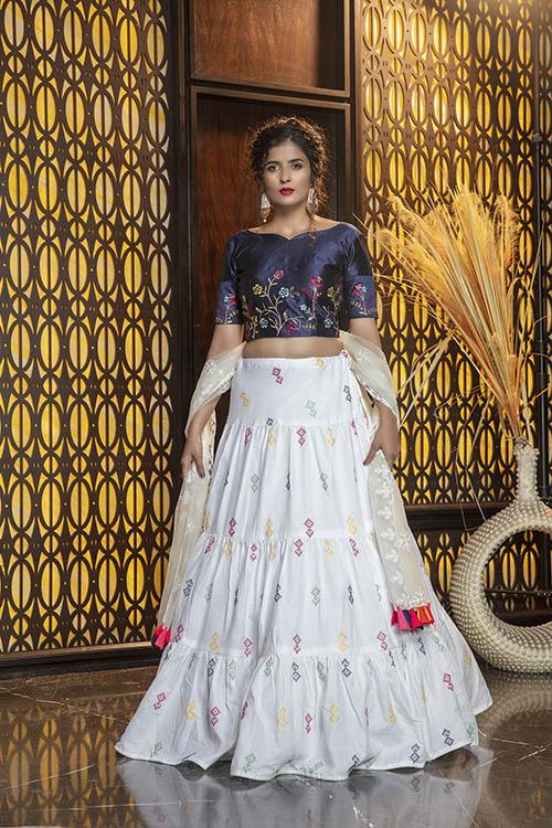 White Deigner Thread Embroidered Lehenga Choli (1)
