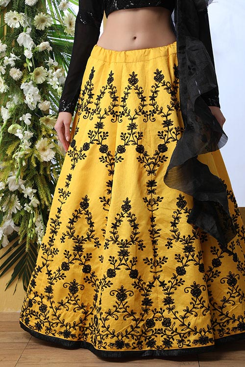 Yellow Color Embroidered Lehenga Choli With Fancy Dupatta (3)